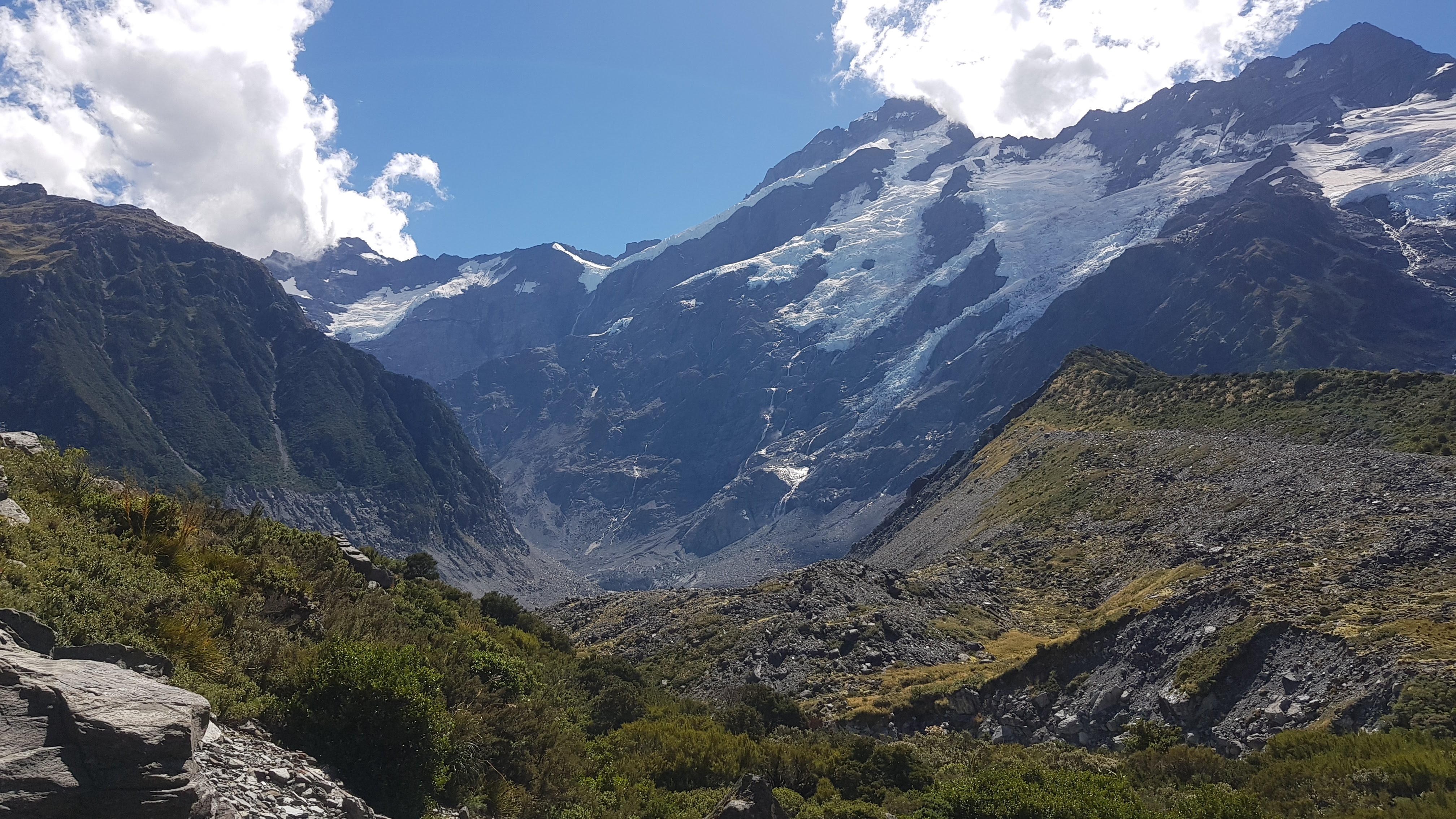 Looking back to the Meuller Glacier