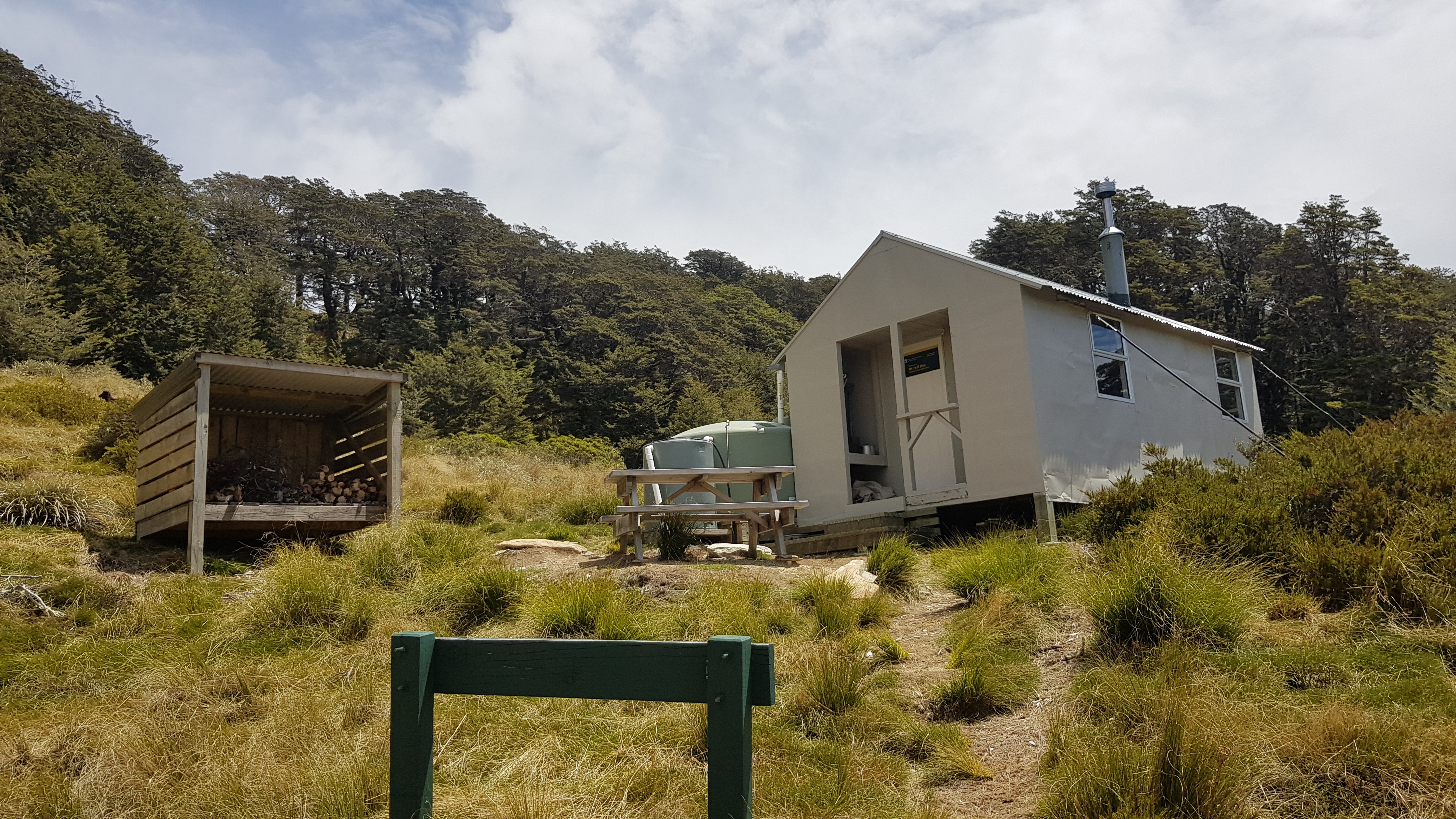 Mount Fell hut - Tinytramper